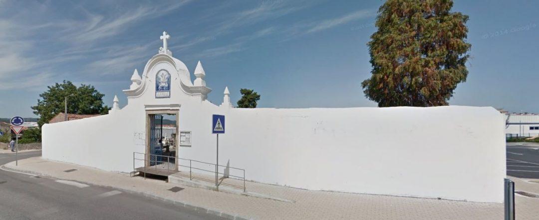 Cemitérios do Concelho encerrados.