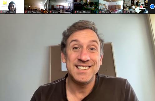 Escritor Pedro Seromenho em encontro virtual com crianças de 3.º ano.