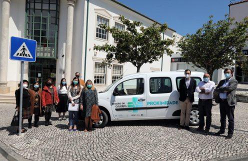 Município da Lousã entrega unidade móvel de saúde ao Centro de Saúde.