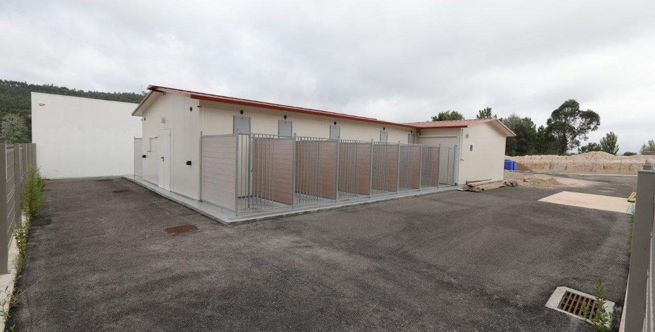 2.ª fase da construção do Centro Oficial de Recolha Animal da Lousã em curso.